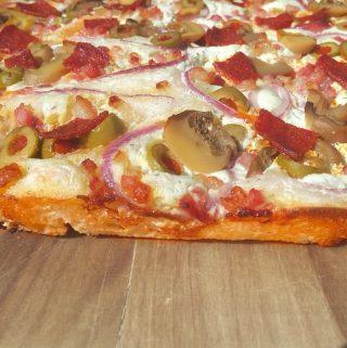 Hungarian Focaccia Pizza – Kenyérlángos